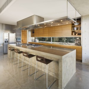 modern-kitchen-design-with-pendant-lighting-spot